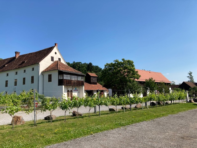 Naturpark Grottenhof