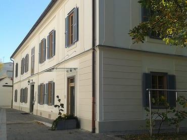 Pfarramt Leibnitz, Sanierung Wohnhaus, Lichttechnik, Netzwerktechnik